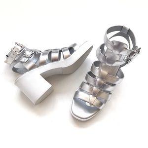 Like-new Steve Madden Clue Silver Platform Sandal